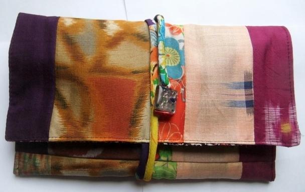 着物リメイク 銘仙と花柄の着物で作った和風財布 1210