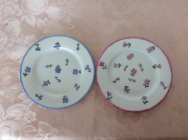 ブルーエの模様のパン皿セット