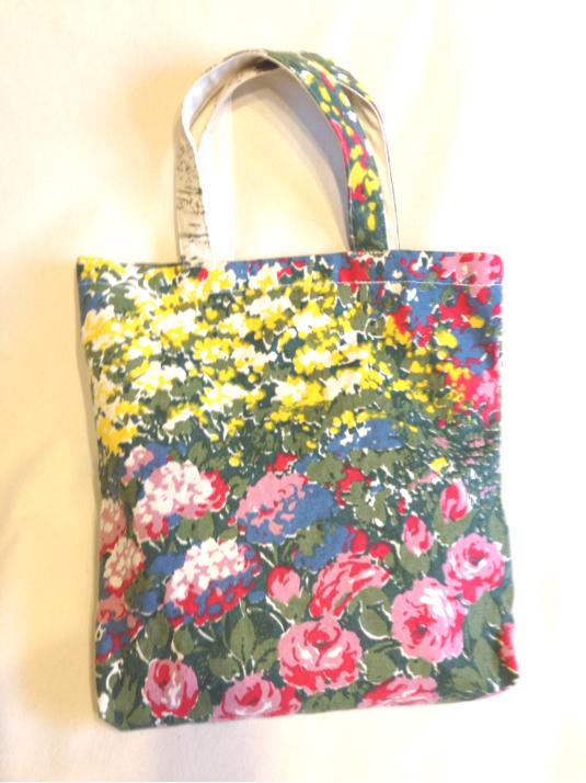 【B】夏のお出かけに♪インパクトある花柄キャンバス帆布バッグ*マザーズバッグ*レッスンバッグ*通勤 通学 入園 入学 お祝い&プレゼント&贈り物にも♪