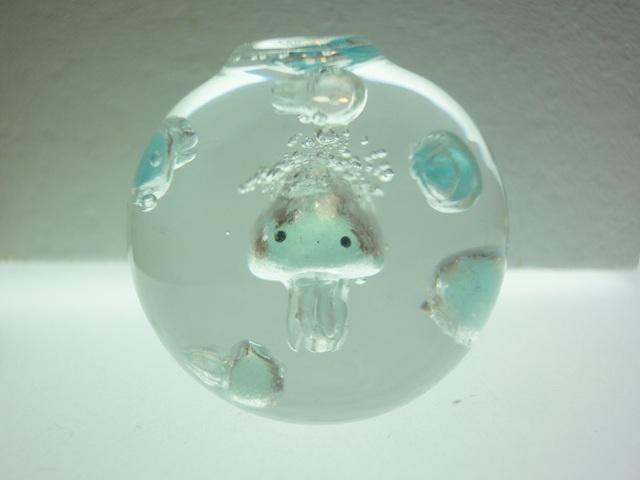くらげアクアリウム ボール型 クラゲ?ミニサイズ