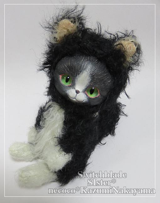フェイスタイプドール*猫(白黒ハチワレ・グリーンアイ)