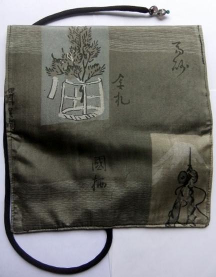 着物リメイク 羽織の裏地で作った和風財布 1243