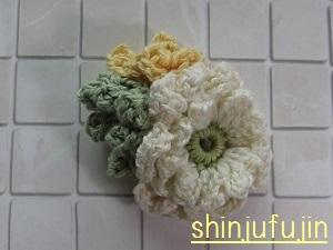 お花畑のコサージュ61