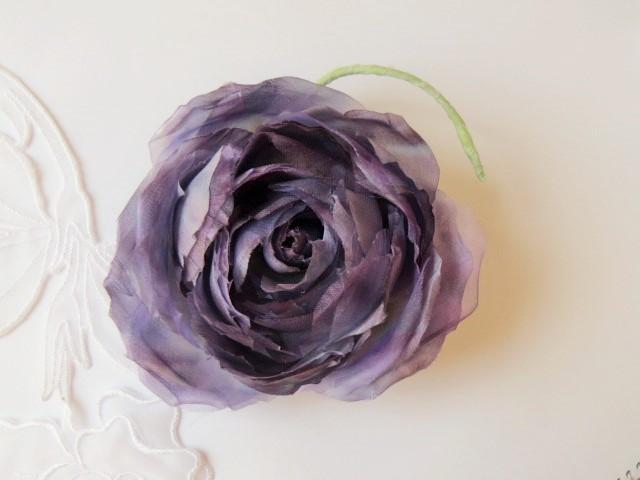 送料無料 紫の薔薇コサージュ