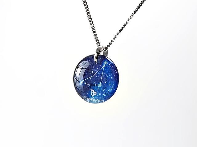 ★【やぎ座】ほのかに灯る小粒な生まれ星座ネックレス