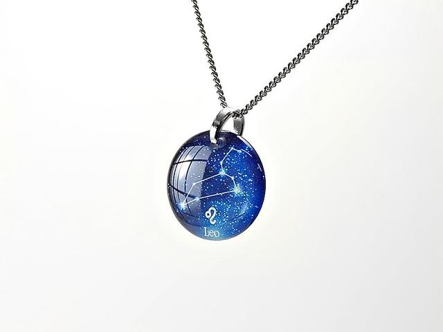 ★【しし座】ほのかに灯る小粒な生まれ星座ネックレス