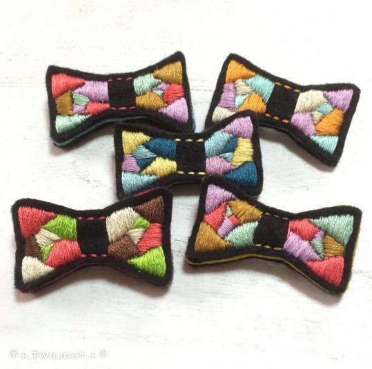 mixcolorシリーズ 「りぼんブローチ」