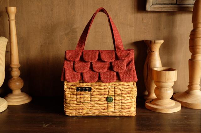 OUCHI box bag M バスケットキルティング ダークレンガ