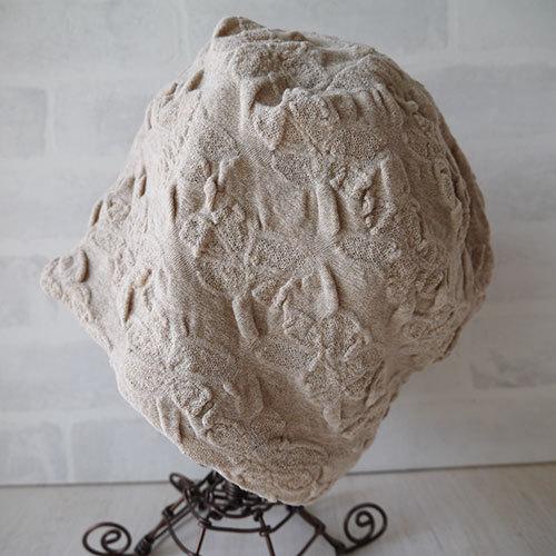 フラワー織柄コットン素材生地で作ったニット帽(ベージュ)