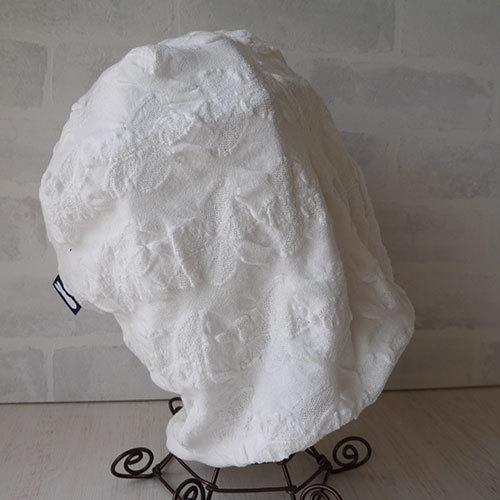 フラワー織柄コットン素材生地で作ったニット帽(白2)