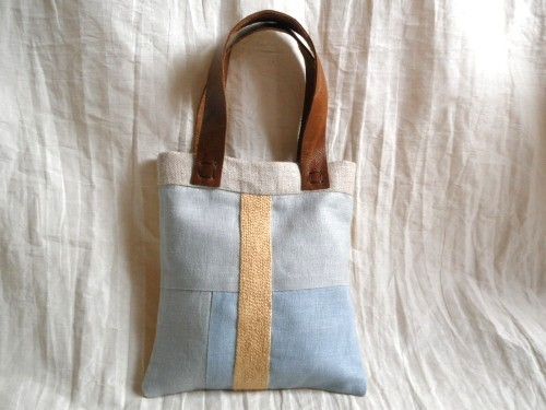 itoiro mini  bag ( light blue & yellow beige )