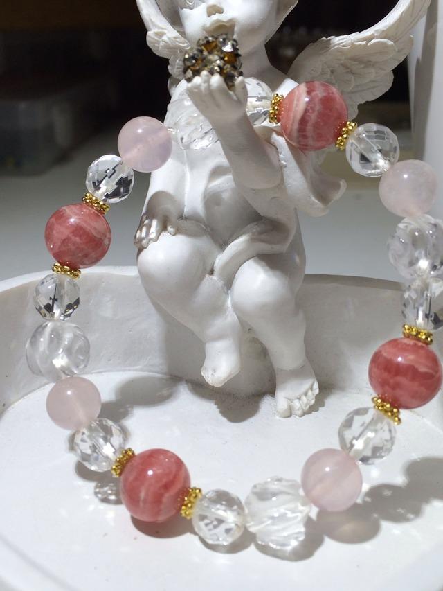 インカローズ&ローズクォーツ&水晶(薔薇彫刻)のブレスレット