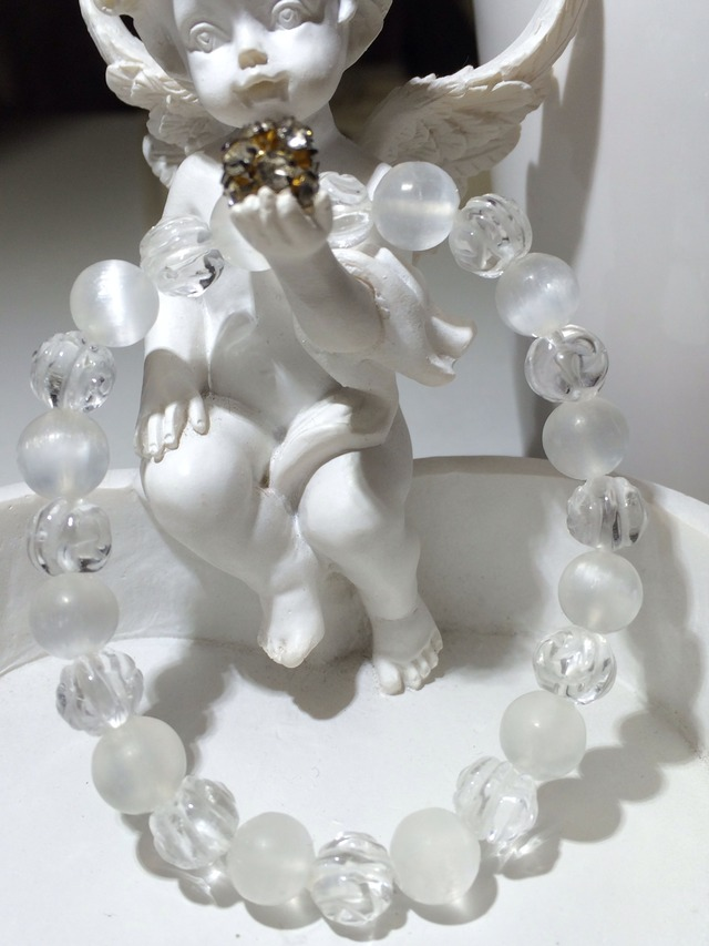 セレナイト&水晶(薔薇彫刻)ブレスレット