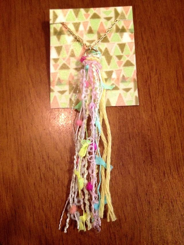 送料無料! きらふわ毛糸のネックレス .。.:*☆