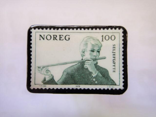ノルウエー 切手ブローチ1013