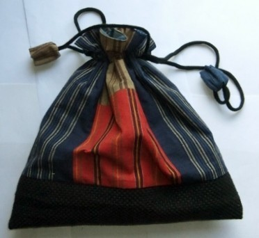 着物リメイク 四国の土佐紬と消防服で作った巾着袋 1286