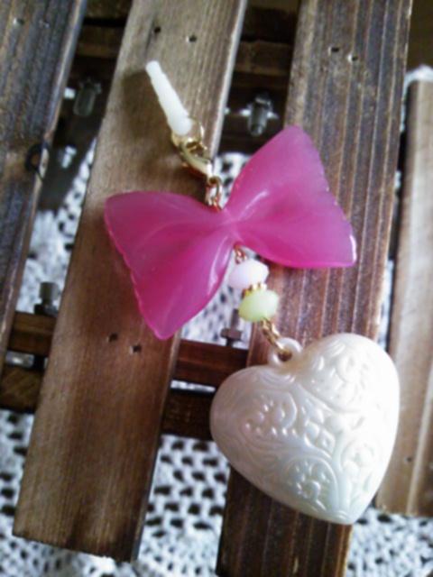 キャンディリボンとパール大ハートのイヤホンジャックピアス(ピンク)