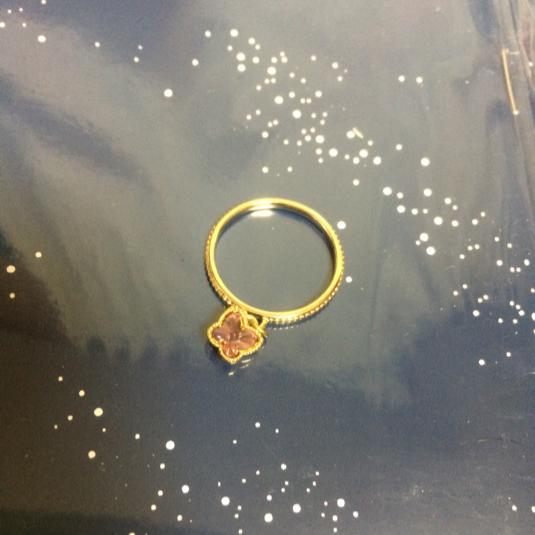 ふんわり蝶々の春色リング・ゴールド