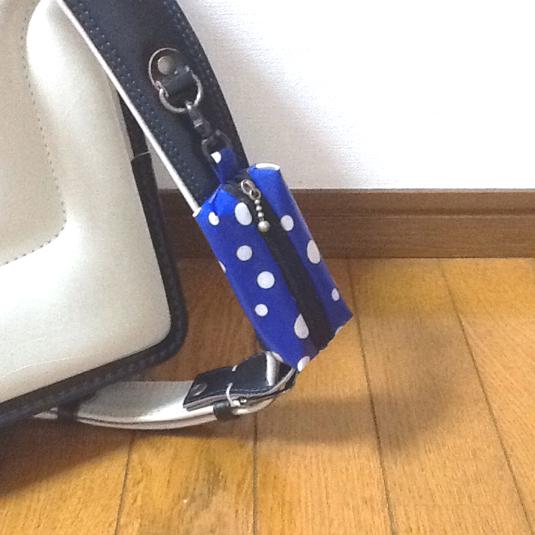 ランドセル用 キーケース☆ ランダムドット 青 リール式
