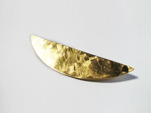(再販)真鍮の三日月ブローチ