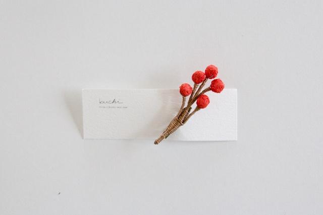 ito tubu brooch【aka】