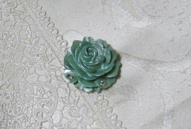 薔薇の帯留め(パールミント)