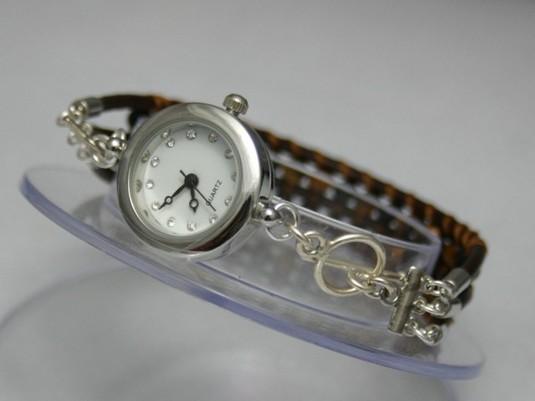 オニキスとタイガーアイの腕時計
