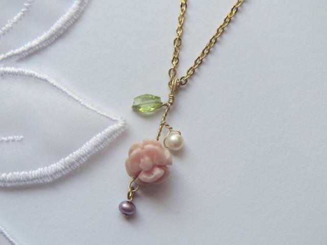 インカローズ薔薇のネックレス