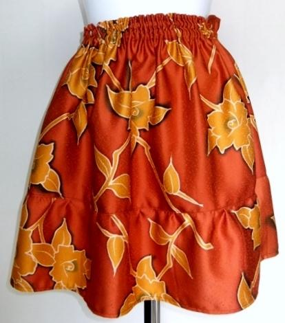着物リメイク 花柄の着物で作ったミニスカート 1300