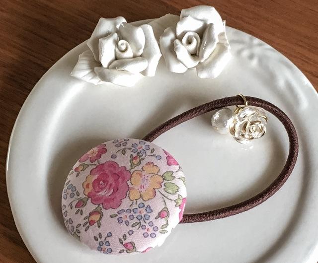 【再販】リバティ☆ Felicite くるみボタンヘアゴム さくら