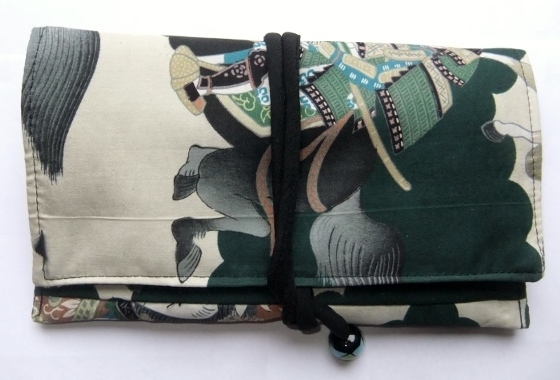 着物リメイク 男の子のお宮参り着で作った和風財布 1310