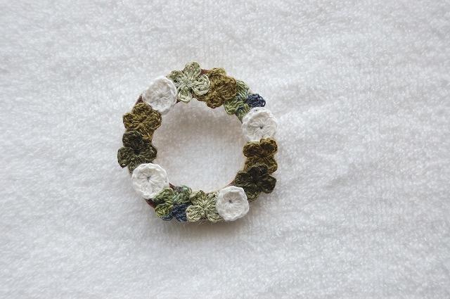 Clover wreath brooch�����?�С��֥?����