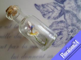 『小瓶の妖精』