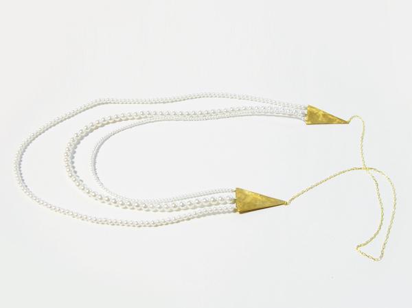(再販)真鍮製三角とパールの3連ネックレス