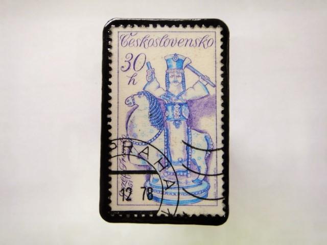 チェコスロバキア 切手ブローチ1042
