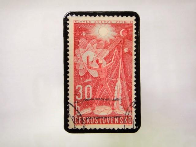 チェコスロバキア 切手ブローチ1045