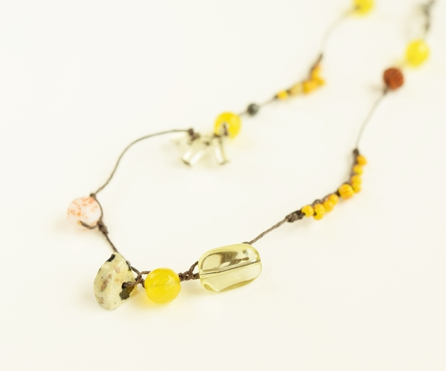 Yellow pop color necklace