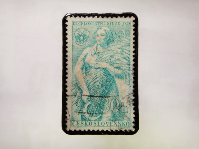 チェコスロバキア 切手ブローチ1048