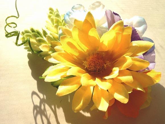 清爽の爛漫 造花のコサージュ