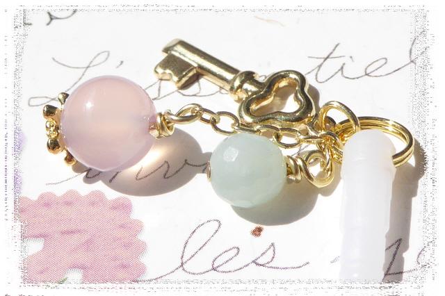 Key*桜カルセドニーとアマゾナイトのイヤホンジャック