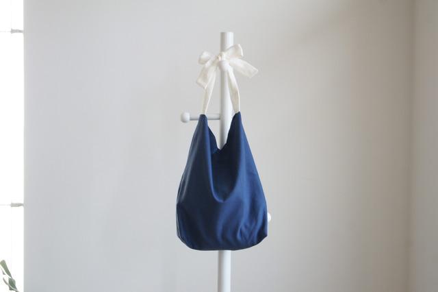 コットン×リネンリボンのバッグ(ブルー )