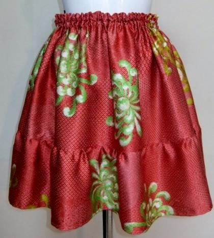 着物リメイク 花柄の着物で作ったミニスカート 1346