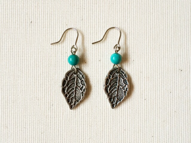 leaf earrings (turquoise)