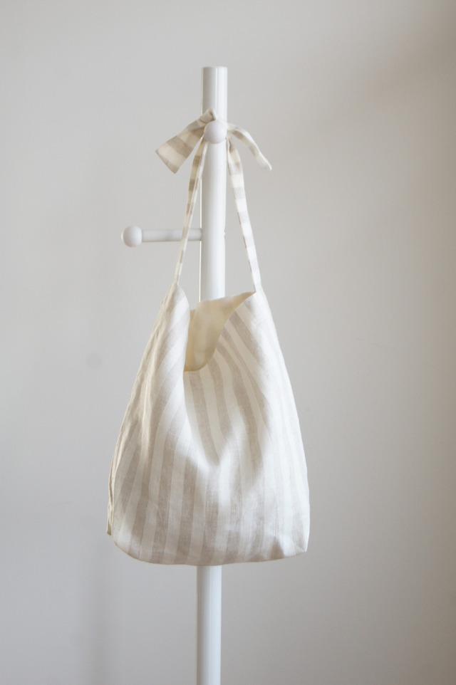 リネンリボンのバッグ(生成りストライプ)