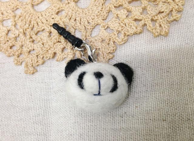 羊毛フェルトイヤホンジャック(パンダ)