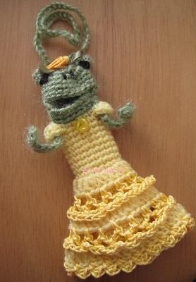 【SALE】あみぐるみ!ケロリップカバー・レースドレスのケロリーヌさん♪【イエロー】
