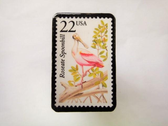 アメリカ 切手ブローチ1067