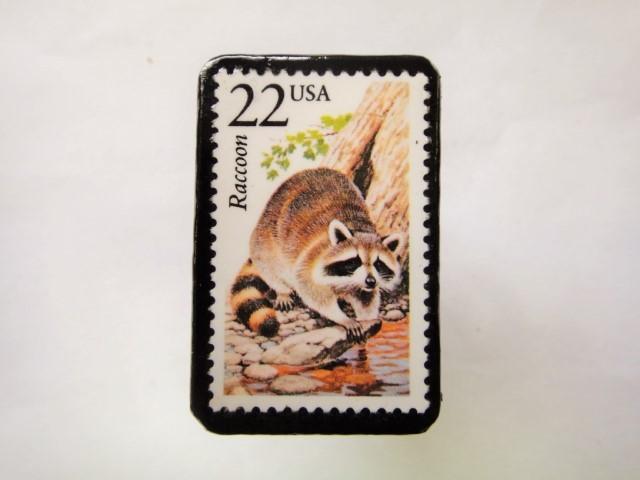 アメリカ 切手ブローチ1071