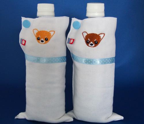 チワワ刺繍のペットボトルポーチ