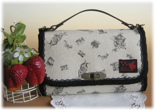 アリスウサギのシンプルお財布バック